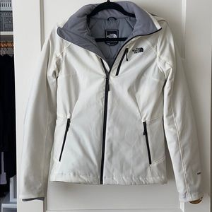 The North face apex elevation 2.0 white jacket